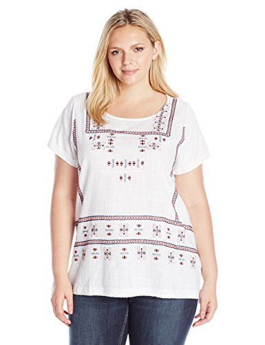 Plus Size Embroidered Top